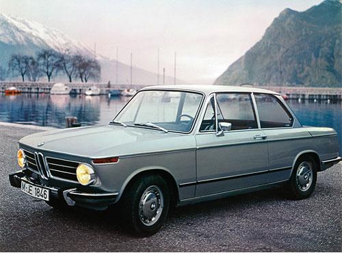 Ein besonders schneller und sportlicher Wagen, 100 PS, wurde auch als Cabrio gebau