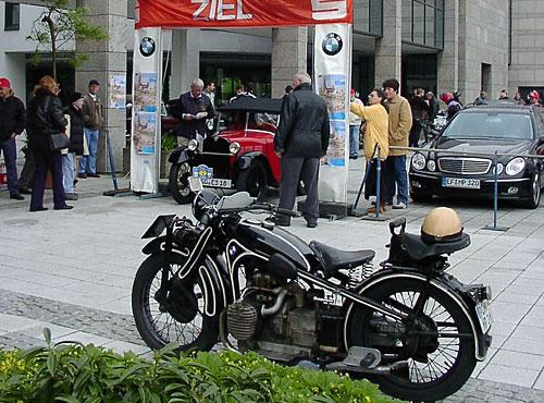 745 ccm, sv 13/15 kW (18/20 PS), 1929 - 1934 gebaut. Pressstahlprofile für Rahmen und Gabelholme ersetzen die bisherigen gemufften und verlöteten Rohre. Die fünfte Serie erhält 1934 eine kettengetriebene (vorher Zahnräder) Nockenwelle sowie zwei Vergaser.